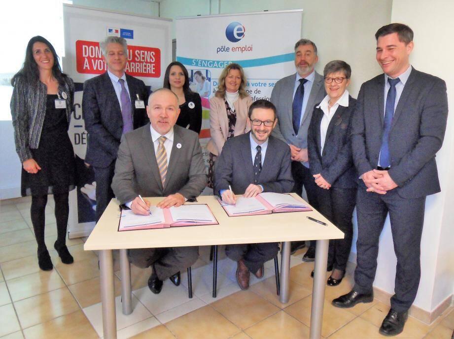 Quatre mille emplois à pourvoir, dont cinq cents dans la région ! Les directeurs du Centre ministériel de gestion et de Pôle emploi Var, ont signé une convention de partenariat pour y parvenir.