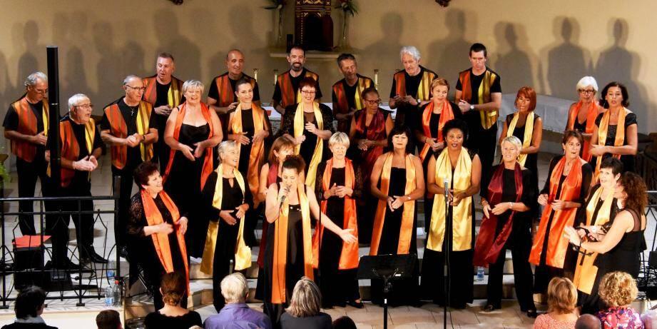 La grande chorale du Gospel-Var-Londais.