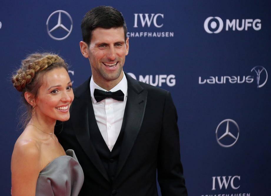 Novak Djokovic, élu meilleur sportif de l'année, aux côtés de son épouse Jelena. Il a remporté les tournois de Wimbledon et de l'US Open.