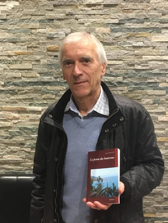 Alain Arnaud, qui a grandi au Plan-de-la-Tour, y revient régulièrement et présente aujourd'hui son dernier roman.