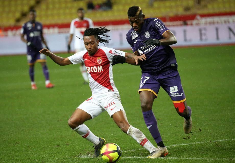 En trois matches, le joueur prêté par l'Atlético Madrid a déjà inscrit 2 buts et délivré une passe décisive.