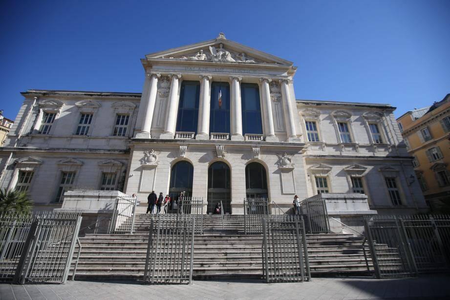 Le jeune homme était jugé mercredi devant le tribunal correctionnel de Nice.