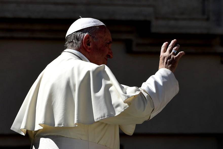 Le pape François fait face à une très grave crise.