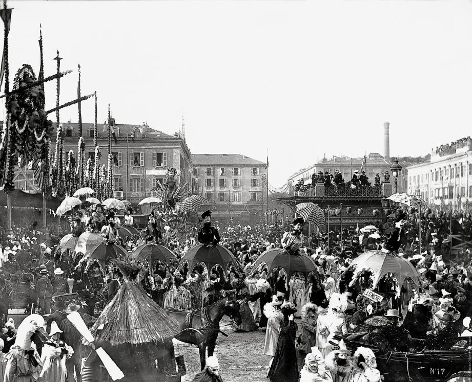 Le Carnaval place Masséna, dans les années 1930.