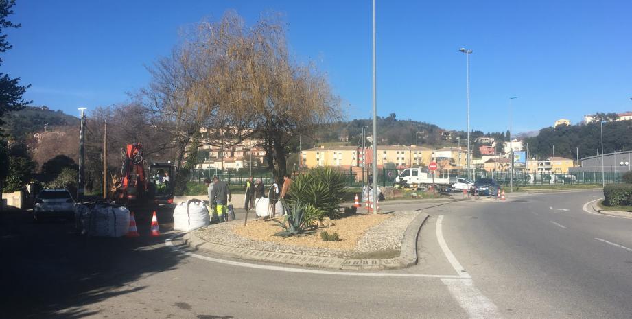 L'avenue Frédéric Mistral à Pégomas.