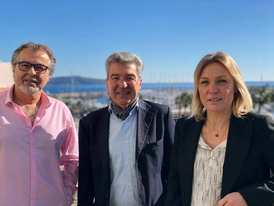 Le maire Philippe Leonelli, le président de la FFA André Giraud et l'adjointe aux affaires sociales Christelle Roux, ensemble pour faire avancer ce projet sportif.