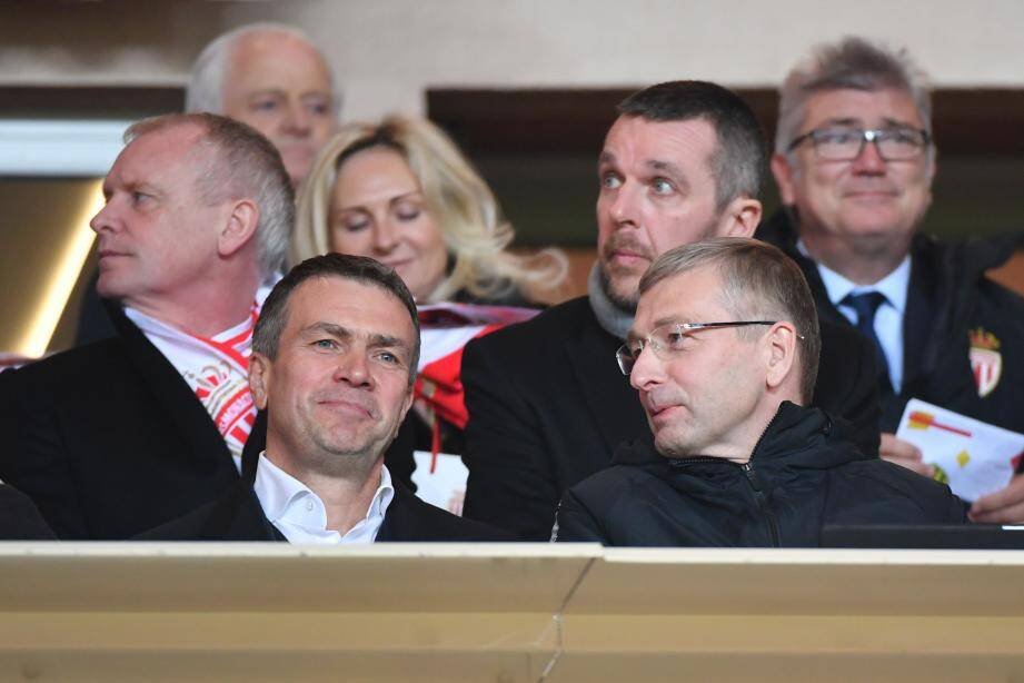 Oleg Petrov, ici aux côtés du président Dmitry Rybolovlev, va succéder à Vadim Vasilyev.