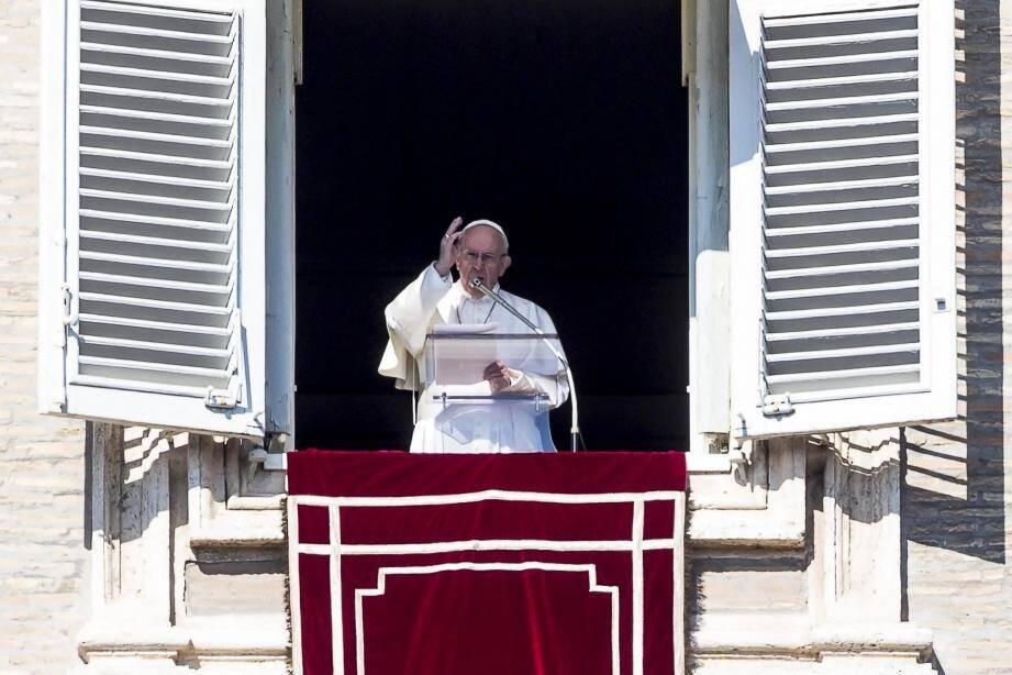 « Je vous invite à prier pour ce rendez-vous, que j'ai voulu comme un acte de forte responsabilité pastorale devant un défi urgent de notre époque », a lancé hier le pape François lors de la prière de l'Angelus.