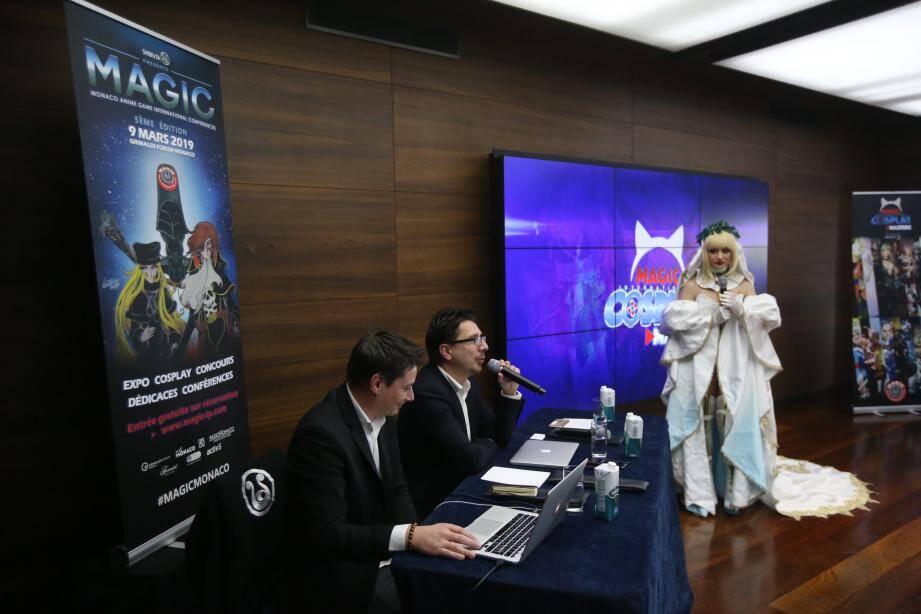 Cédric Biscay, patron de Shibuya Productions, a présenté l'affiche du MAGIC 2019, dessinée par le créateur d'Albator. L'une des seize cosplayers en lice pour le concours de Monaco était présente.