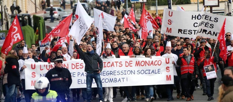 Ils étaient 600 en février dernier, à manifester pour témoigner leur mécontentement aux autorités. Sur les panneaux, on pouvait lire «Non au mépris», «Les patrons vous prennent pour des mouchoirs jetables», «Stop aux inégalités».