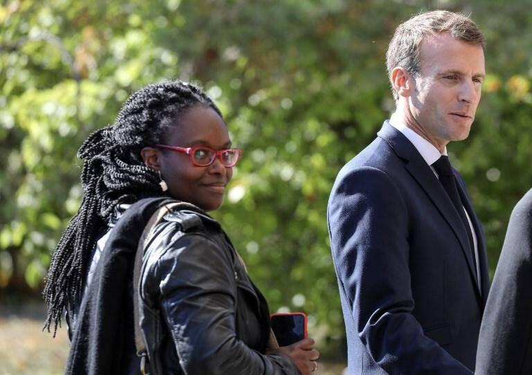 Sibeth Ndiaye, proche collaboratrice d'Emmanuel Macron chargée de la presse, a été nommée secrétaire d'Etat porte-parole du gouvernement.