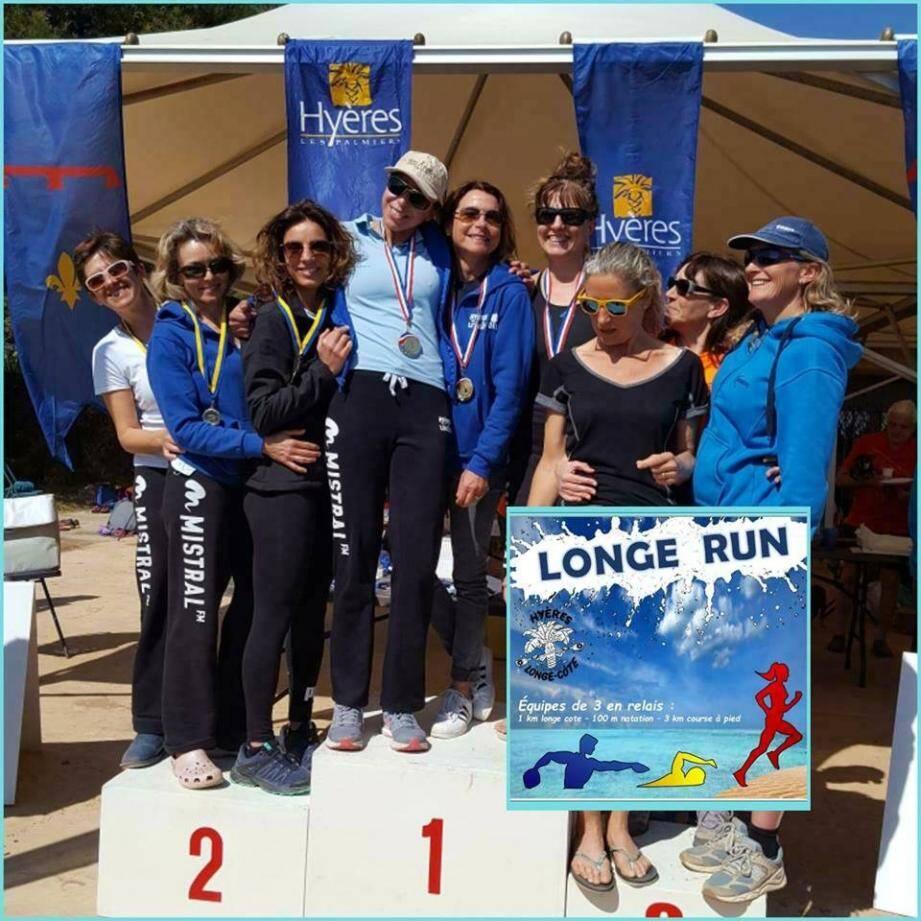 Les longeuses hyéroises réunies sur le podium du Longe-Run à l'Ayguade.
