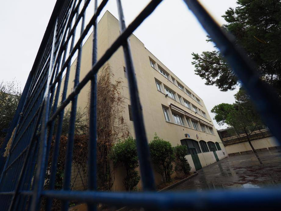 La transformation de l'école Paul-Eluard en espace coworking est le projet économique phare de la municipalité.