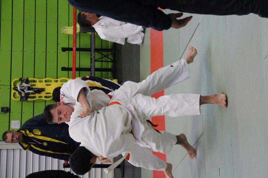 Jordan très sportif est un judoka confirmé.