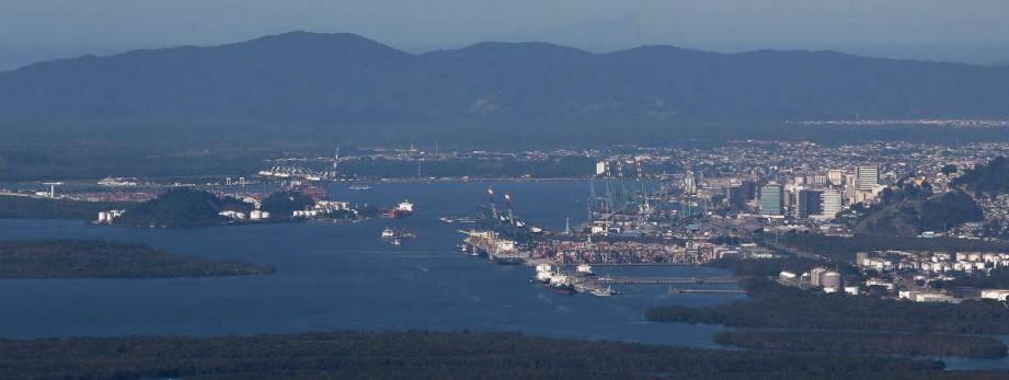 Le port de Santos (Brésil), près de Sao Paulo, est le plus important en Amérique latine.