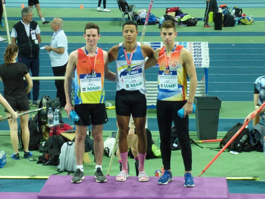 Anthony Ammirati (à gauche) a décroché la seule médaille varoise de ces championnats.