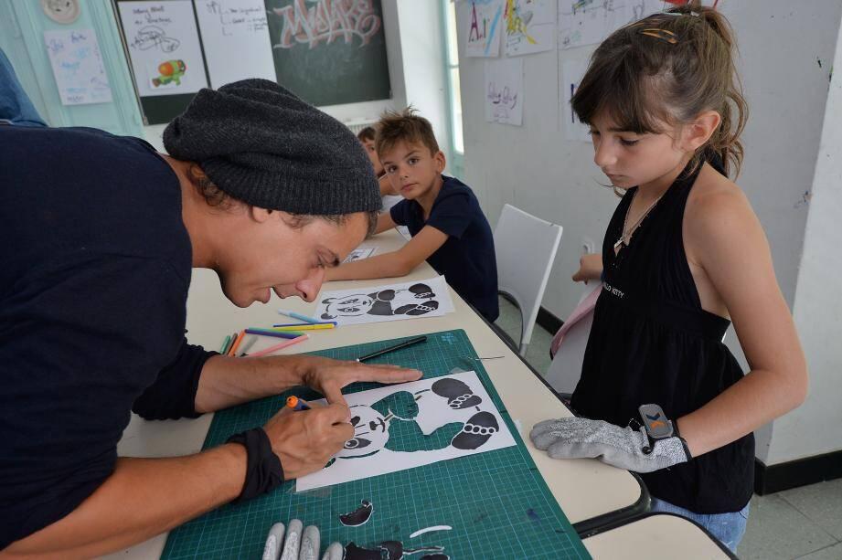 Des ateliers pour enfants organisés à Nice.