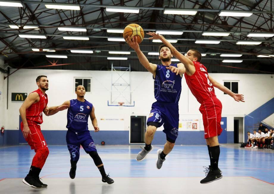 Les basketteurs dracénois ont signé, samedi soir, leur deuxième succès de la saison.