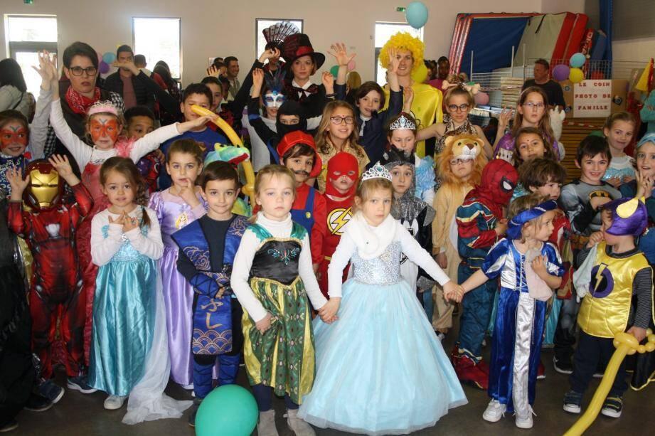 Succès au rendez-vous pour le carnaval de l'association des parents d'élèves « La tirelire ».