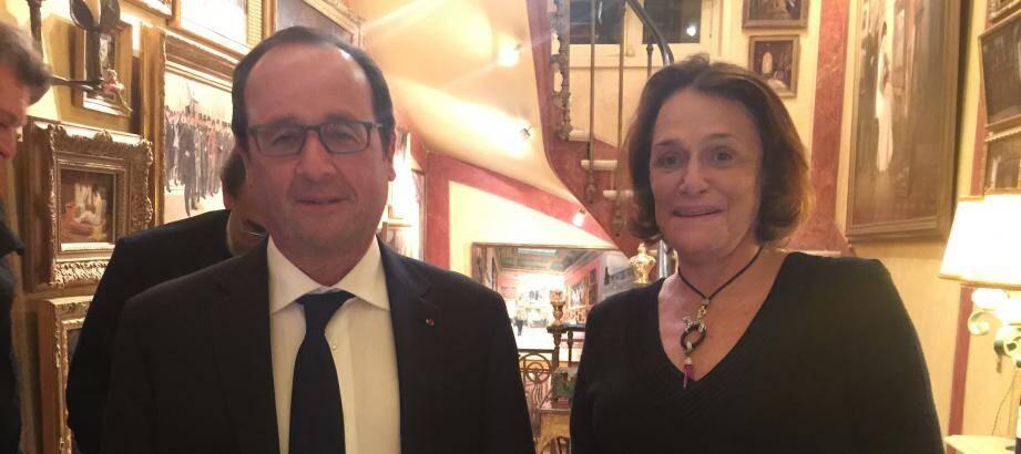 L'Antiboise Caroline Pigozzi ici avec François Hollande.