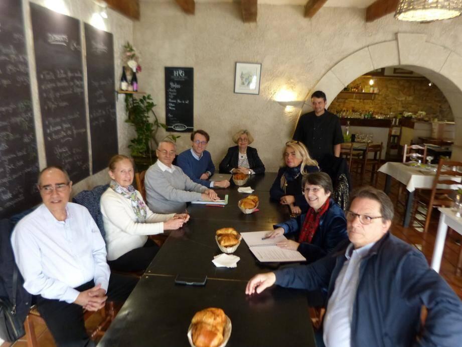 Une réunion, quelque peu boudée par les Zachariens, pour lesquels un Café citoyen avait été organisé, a quand même permis de débattre sur des sujets essentiels au sujet de l'Europe.