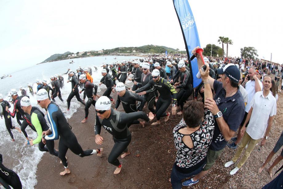 Initialement programmé le 12 mai, le triathlon de la Corniche d'Or a été reporté au 2 juin.