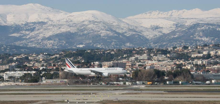 L'aéroport de Nice pourrait être obligé de baisser de plus de 33% les prestations facturées aux compagnies.