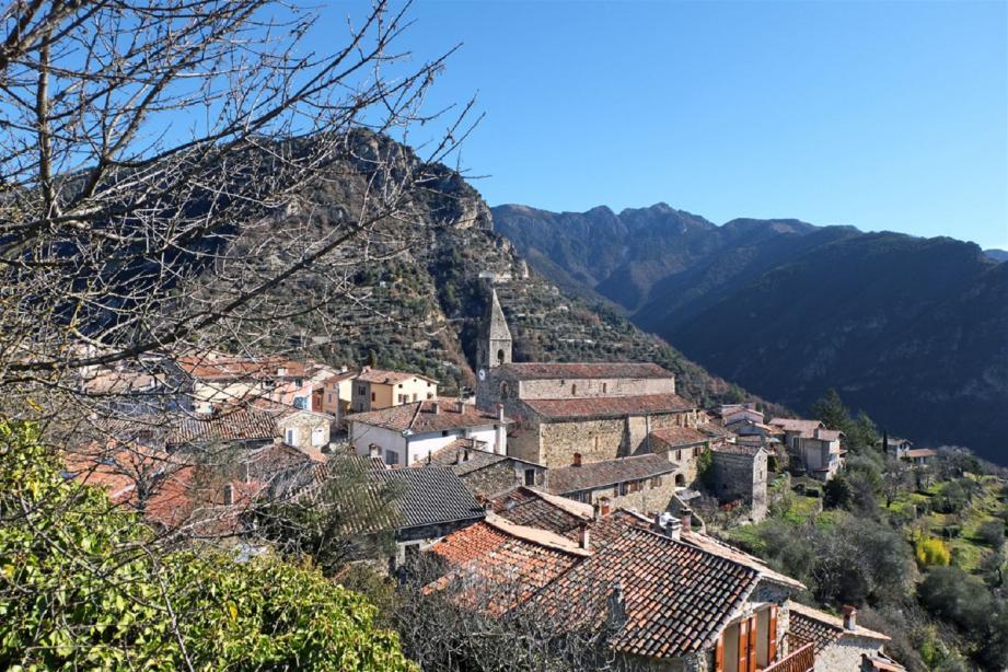 Le village de La Tour-sur-Tinée.