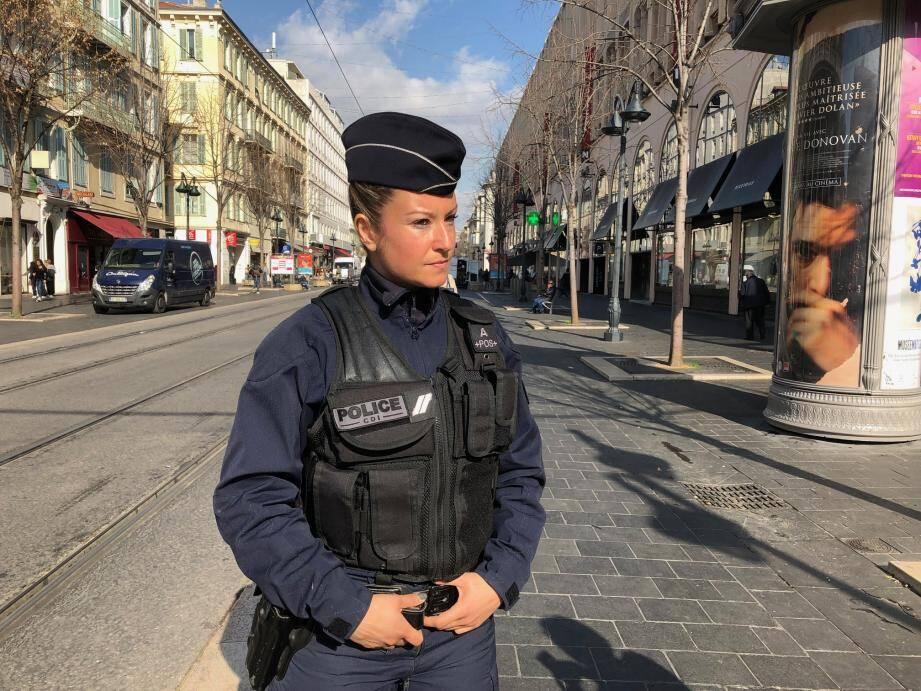 Depuis un mois, pour la première fois une femme a rejoint la Compagnie départementale d'intervention de la police.