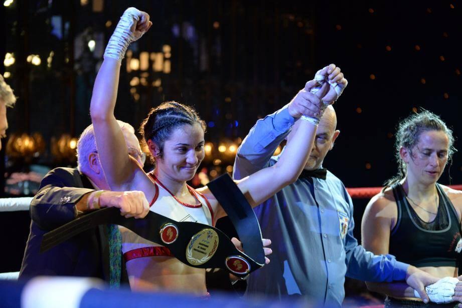 C'est «une consécration» pour la Niçoise de 31 ans, nouvelle championne de France des poids plume (57,150 kg).