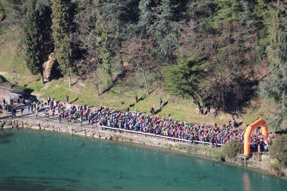 Plus de (500 participants au départ du Trail des Merveilles.(DR)