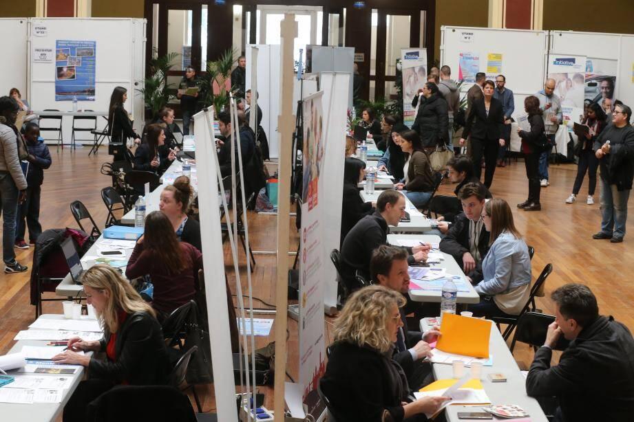 Cette année, l'événement propose 100 offres d'emploi supplémentaires par rapport à l'année précédente.