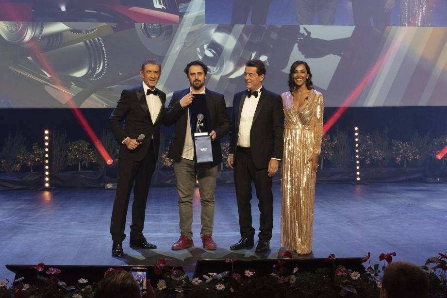 Le réalisateur Gabor Reiz a reçu le trophée pour son film « Bad Poems » au cours de la soirée de gala, temps fort du festival marqué aussi par un passage du prince Albert II aux projections.(DR)