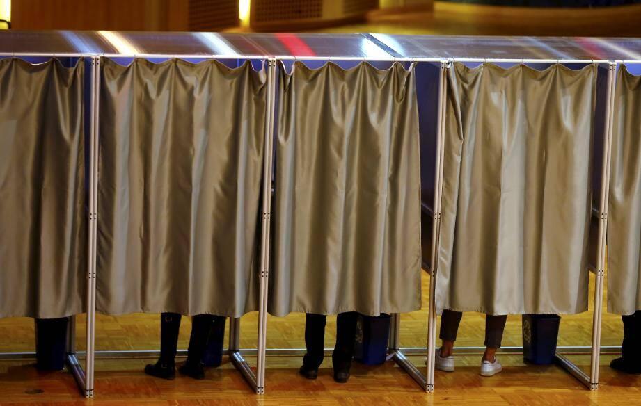Lors des dernières élections communales, en 2015, 60,61 % des inscrits avaient voté au premier tour.
