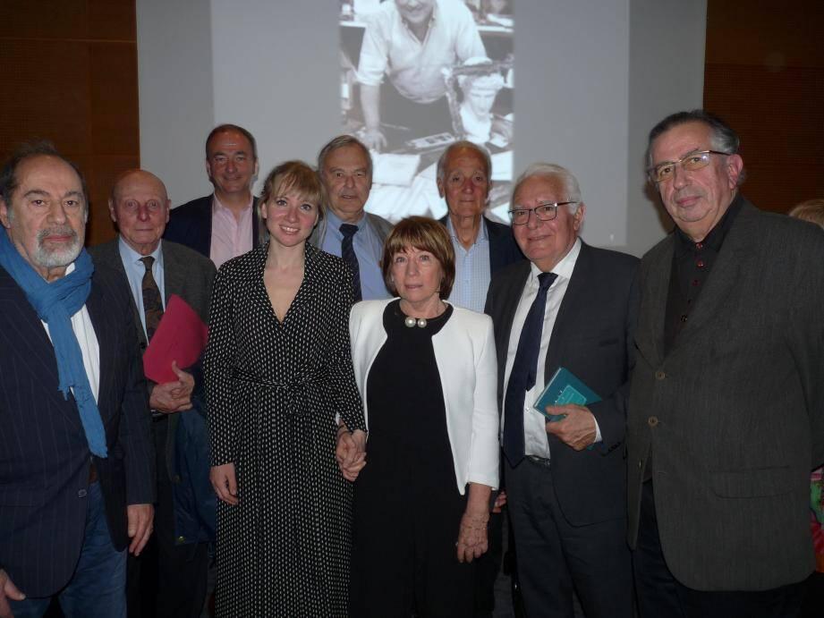 A l'auditorium de la médiathèque, un vibrant hommage a été rendu hier à Jean-Max Tixier et Jacques Lovichi, des amis de cinquante ans.