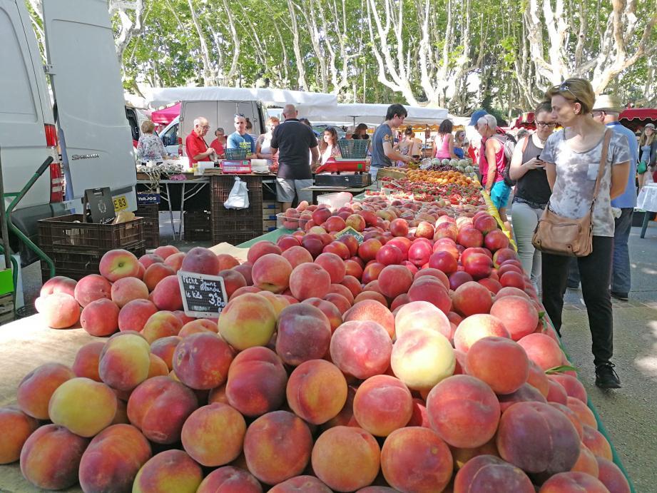 Le marché dominical est une tradition et fait partie des fiertés de la commune.