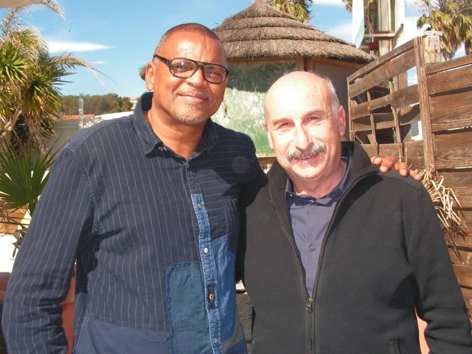L'ancien international Bernard Lama pourrait nouer un partenariat avec le HFC et Alain Girardo afin que le club hyérois accueille les meilleurs joueurs guyanais.