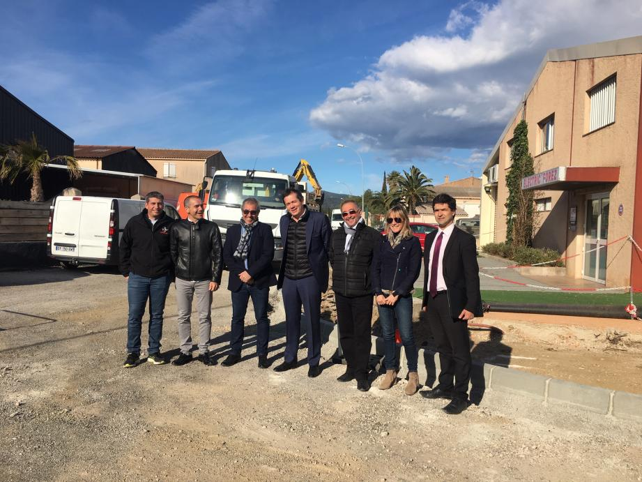 Depuis lundi dernier, la Communauté de communes du Golfe de Saint-Tropez a engagé des travaux de requalification dans le Parc d'activités Saint-Maur. Hier, les principaux acteurs se sont retrouvés, sur place, pour faire une visite de terrain.