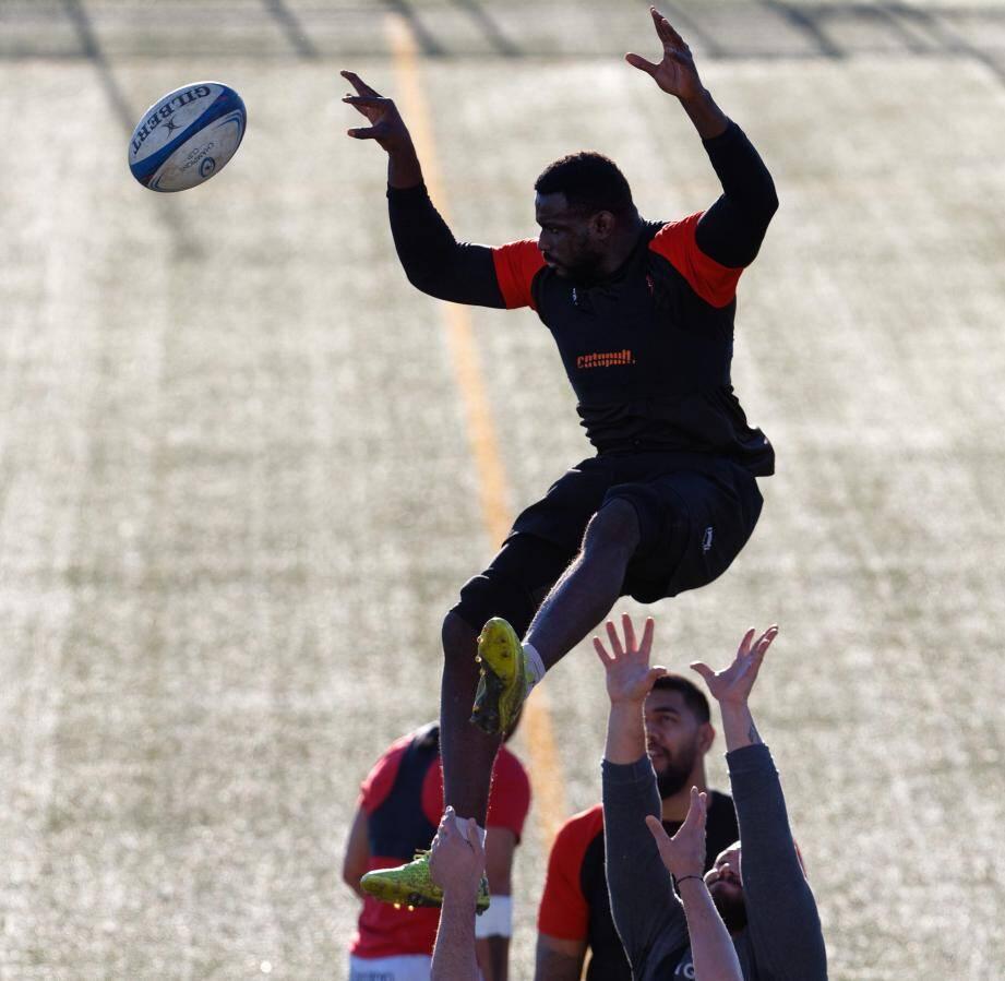 Haut les mains, Stéphane Onambele est pourtant prêt à faire un braquage à Lyon.