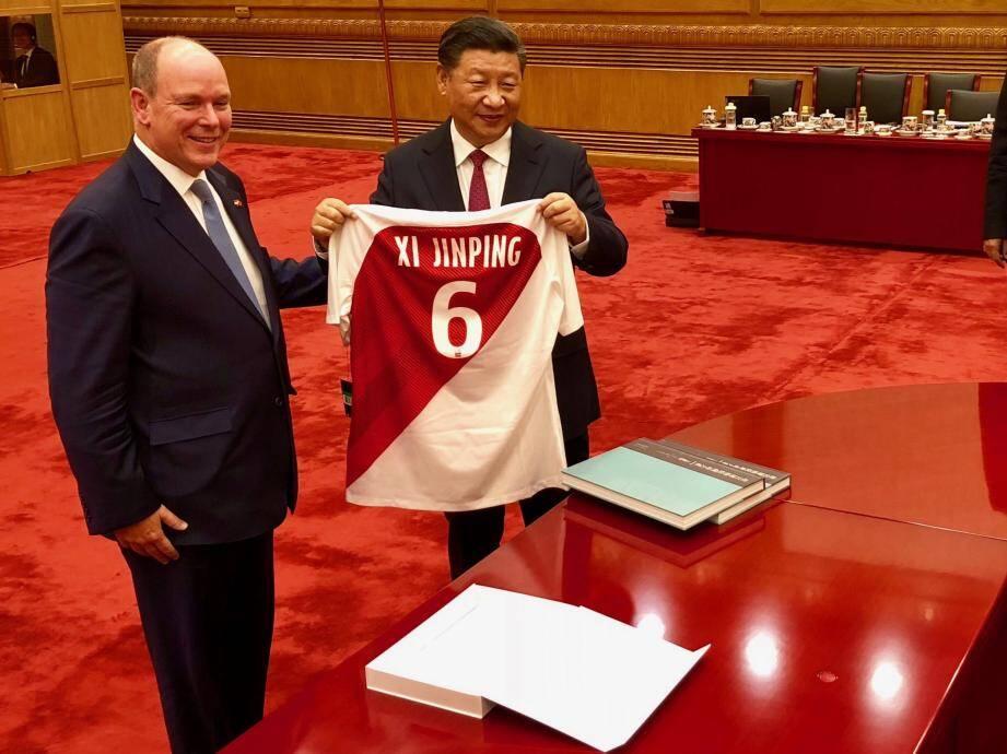 Cette visite fait suite à celle du prince Albert II en Chine en septembre dernier.