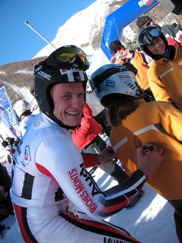 Les derniers championnats dans les Alpes-Maritimes ont eu lieu en 2008 à Auron et Isola 2000 (à g., Julien Lizeroux) et les premiers se sont déroulés en 1938 à Beuil (à d., le saut à ski).