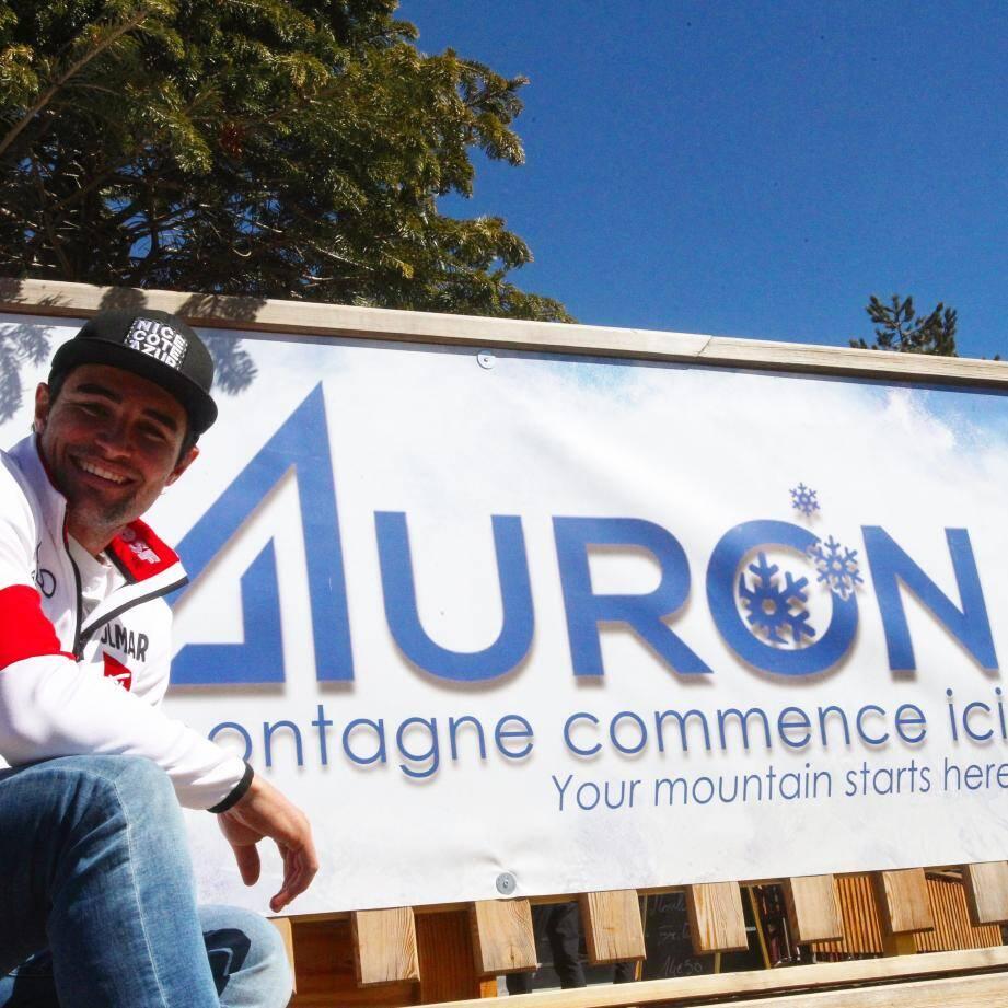 Le Niçois Matthieu Bailet vise le titre national, chez lui à Auron, ce matin.