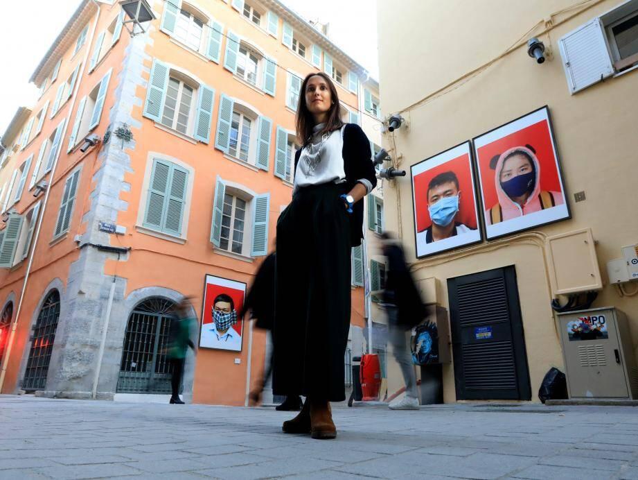 Les différentes photos sont visibles tout au long de la rue des Arts.