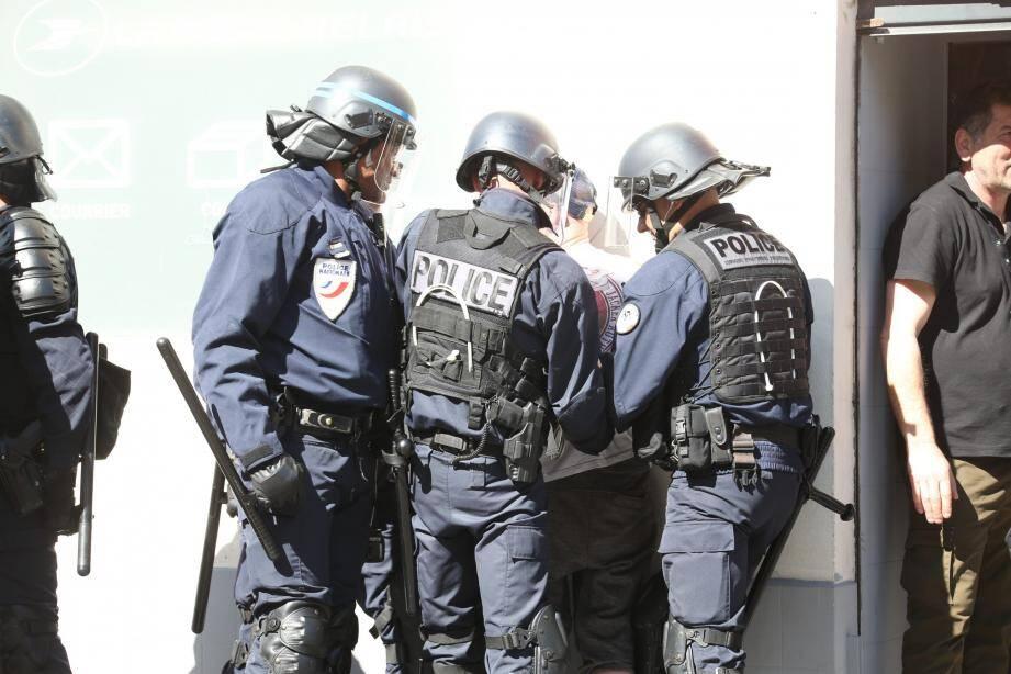Vingt personnes ont été interpellés à Nice. En marge de la manifestation à proximité de la place Garibaldi mais aussi ailleurs en ville.