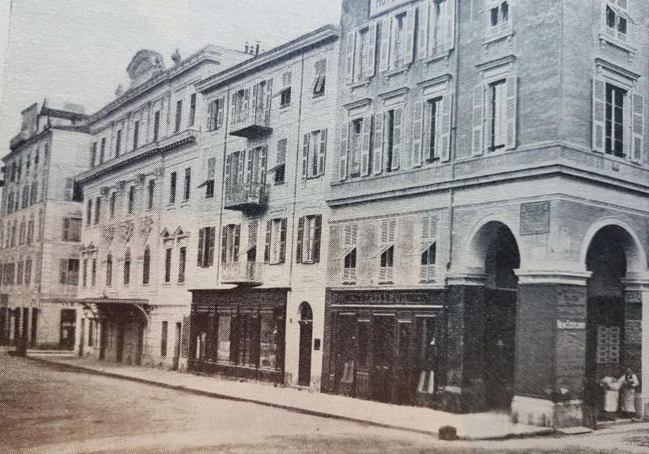 Le théâtre Français de Nice où la comédienne Marie Dabrun fut engagée.