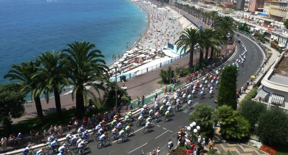 Le Tour de France de passage sur la Prom' en 2009.