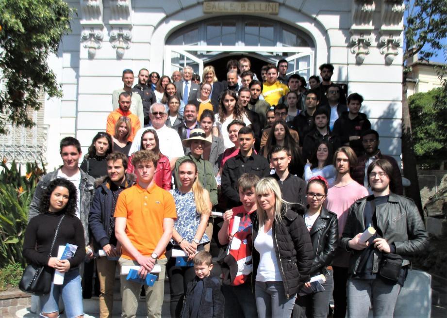 Parents, élus et personnels de la ville accompagnaient les jeunes à cette cérémonie.