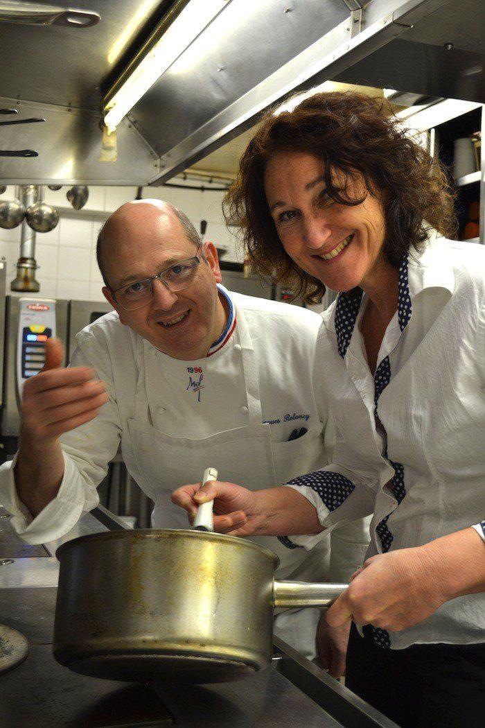 Avec Jacques Rolancy et Anne Sallé, alias Mikuy, les fourneaux, c'est rigolo !(DR)