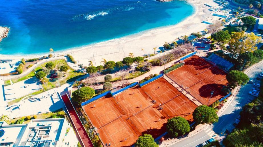 Le tournoi de Cap-d'Ail au plus près de la plage.