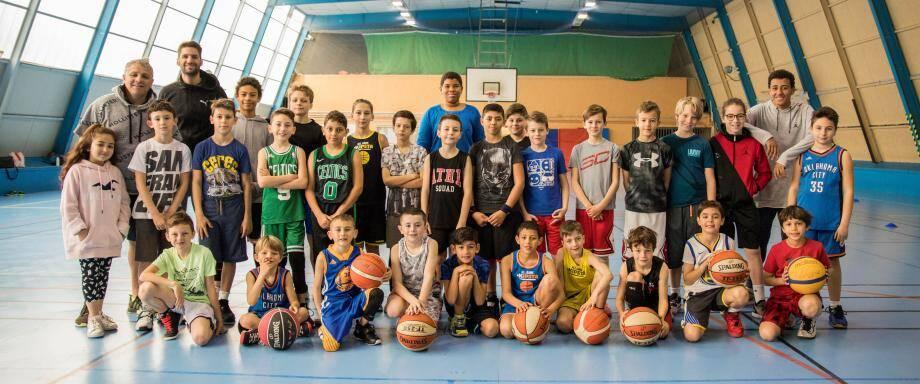 Le stage au Borrigo a réuni une trentaine de basketteurs.